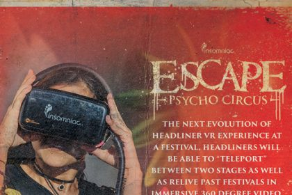 Enter a New World Using the Virtual Reality Booths at Escape: Psycho Circus 2016