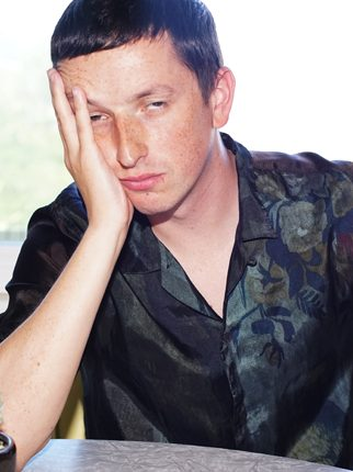 iQ: Totally Enormous Extinct Dinosaurs
