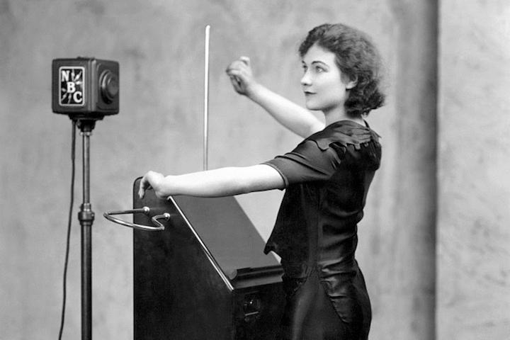 Clara Rockmore ile ilgili görsel sonucu