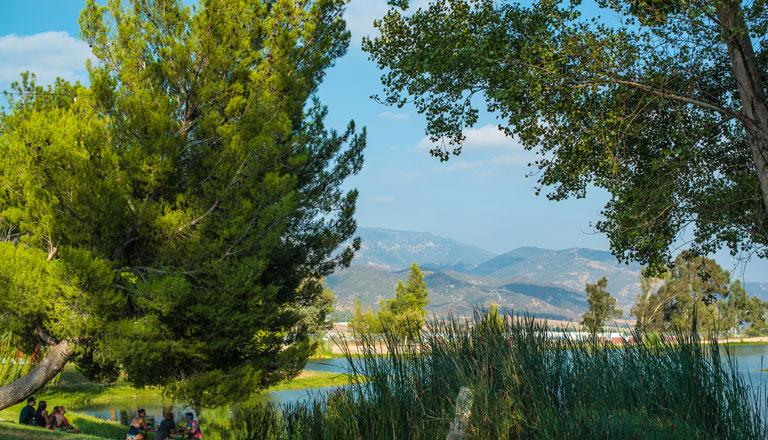 Lakeside Camping Header