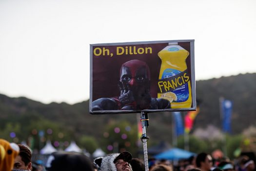 """""""Oh, Dillon"""" totem"""