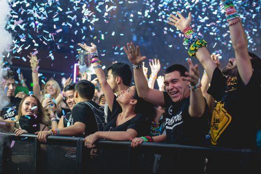 Confetti rains over happy Headliners