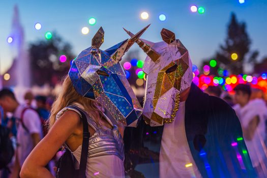 Two Headliners in glittery unicorn masks