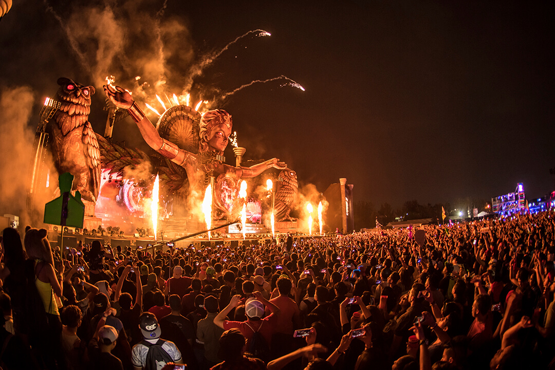 Kinetic Field Stage