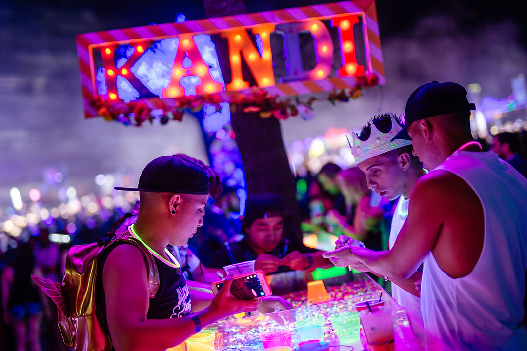 Head to the Mesa to find kandi making stations.