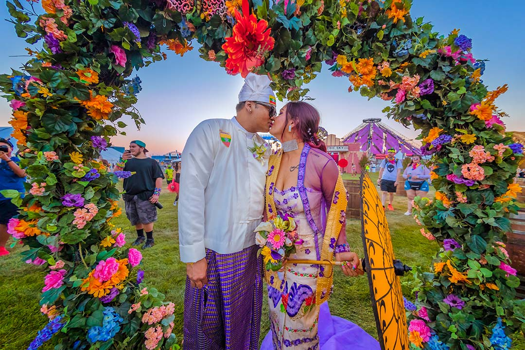 EDC ceremonies make for some of the most unique wedding photos ever!