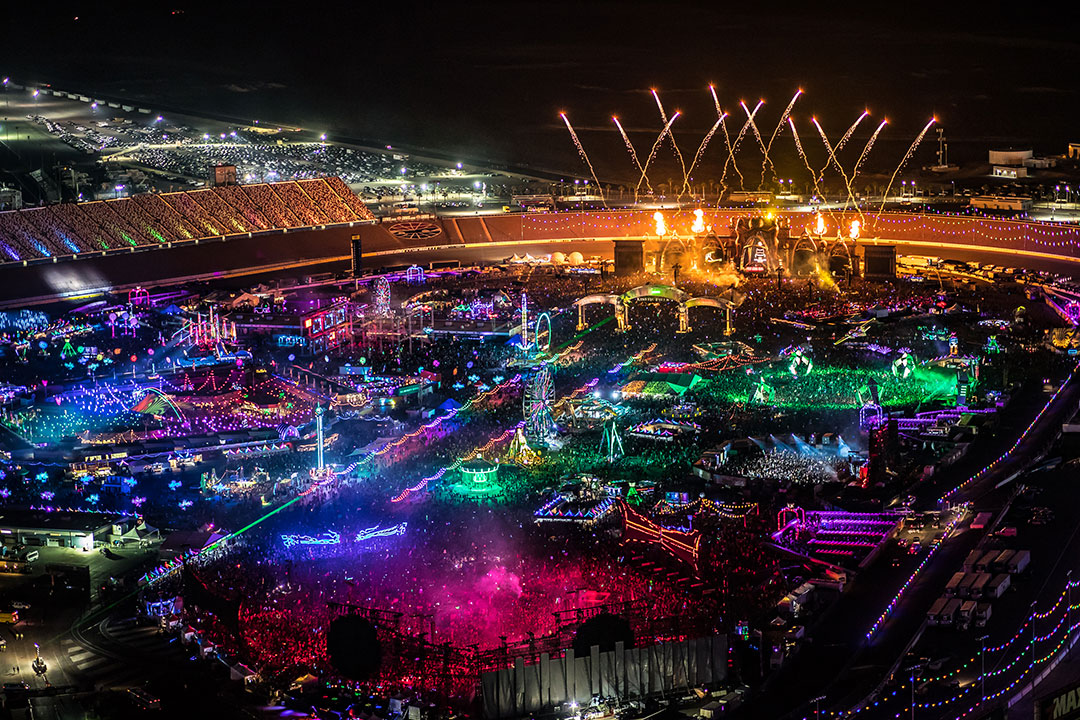 [LEAK] See EDC Vegas 2019 Stages Under Construction