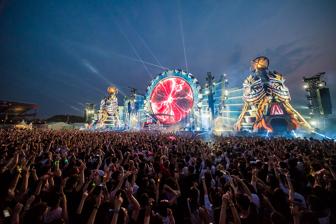 Oliver Heldens at kineticFIELD