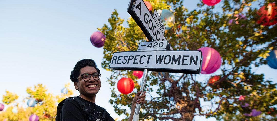 """""""Respect Women"""" totem"""