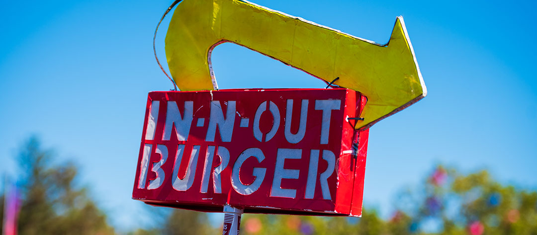 In n Out Burger totem