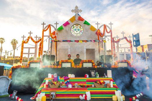 Image of ofrenda altar