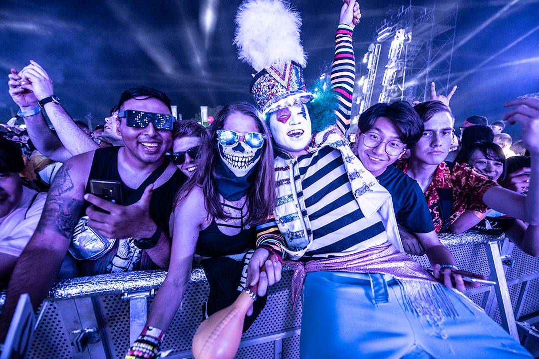 Headliners with performer