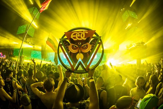 A Headliner raises up an EDC owl totem